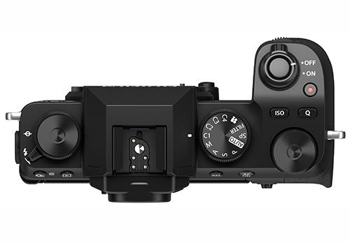 מבט מלמעלה על מצלמת X-S10